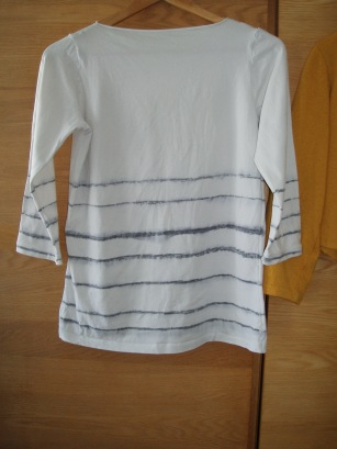 Stripe sharpie top